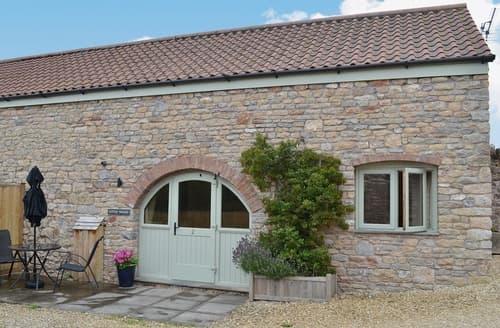 Last Minute Cottages - Cosy Weston Super Mare Cottage S20324