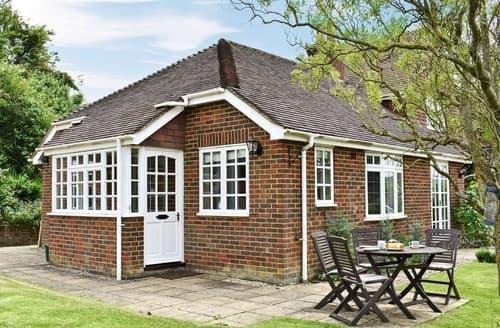 Last Minute Cottages - Castle House Cottage