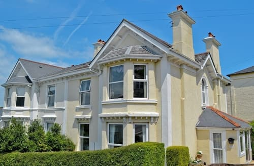 Last Minute Cottages - Gorgeous Newton Abbot Apartment S19362
