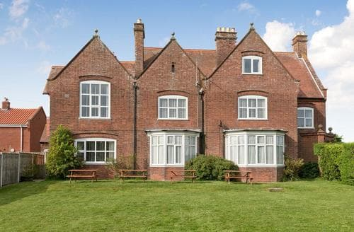Big Cottages - Delightful Happisburgh Cottage S17316