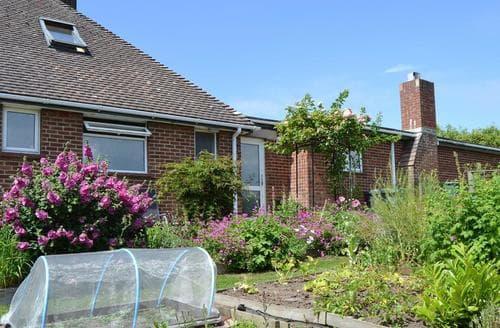 Last Minute Cottages - Stunning Shanklin Cottage S14324