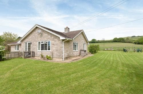 Last Minute Cottages - Venn Orchard