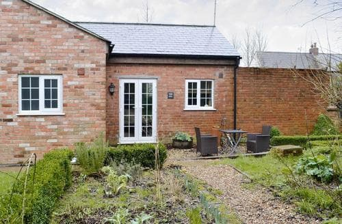 Last Minute Cottages - The Sty - 24540