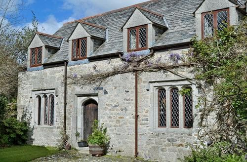Last Minute Cottages - The Manor Wing