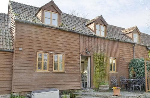 Last Minute Cottages - Stocks Tree Cottage