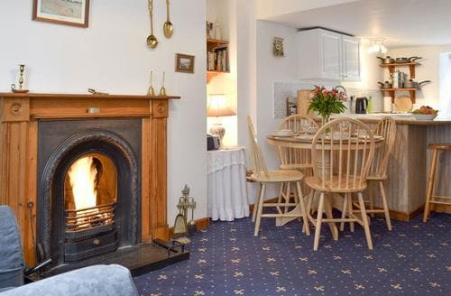 Last Minute Cottages - Lovely Marazion Cottage S21223