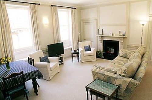 Last Minute Cottages - Wonderful Wells Next The Sea Apartment S17644