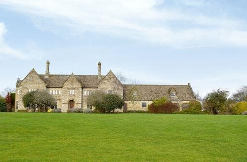 Last Minute Cottages - Captivating Chipping Norton Apartment S15691