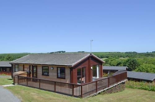 Last Minute Cottages - Lodge 51