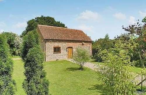 Last Minute Cottages - Charming Holt Cottage S17343