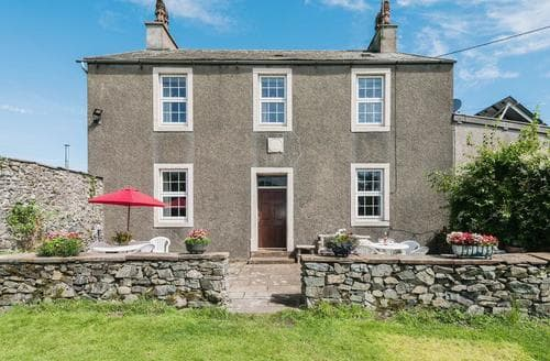 Last Minute Cottages - Beckside Farmhouse