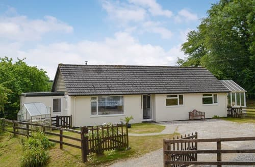 Last Minute Cottages - Northcombe Bungalow