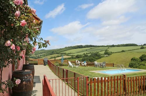 Last Minute Cottages - The Cider Barn - HGGL