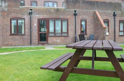 Last Minute Cottages - Stunning Cromer Cottage S17078