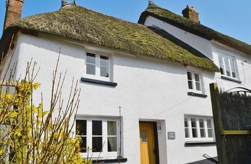 Last Minute Cottages - Folly Cottage