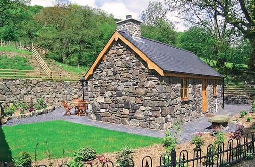 Last Minute Cottages - Cosy Dolgellau And Coed Y Brenin Forest Park Cottage S22240