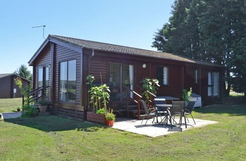 Last Minute Cottages - Exquisite Hartland Lodge S19114