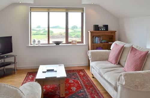 Last Minute Cottages - Cosy Bangor Cottage S22129