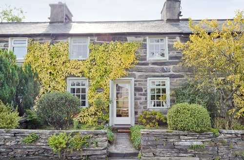 Last Minute Cottages - Tasteful Blaenau Ffestiniog Cottage S22262