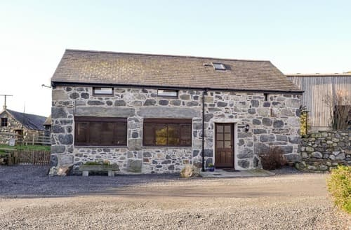 Last Minute Cottages - Beautiful Llanegryn Cottage S129013