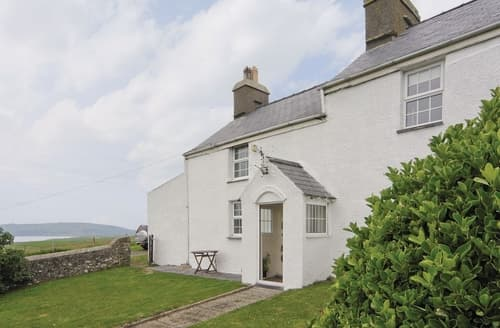 Last Minute Cottages - Y Gegin - HW7701