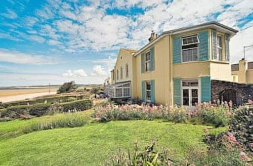 Last Minute Cottages - Instow House
