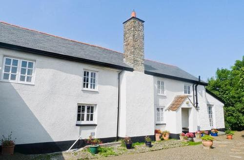 Last Minute Cottages - Lynches
