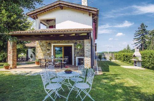 Last Minute Cottages - Casa Roncus