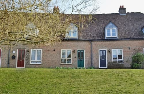 Last Minute Cottages - Tasteful Newport Cottage S25906
