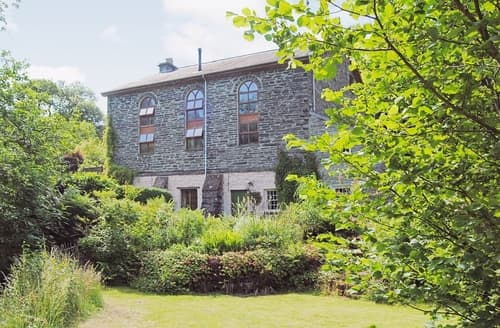 Last Minute Cottages - Jasmine Cottage, Capel Bethesda