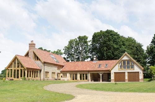 Last Minute Cottages - Green Acre Lodge