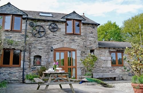 Last Minute Cottages - Higher Broadaford Barn
