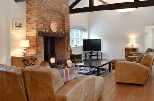 Last Minute Cottages - Superb Stoke On Trent Cottage S16064