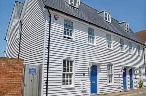 Last Minute Cottages - Stunning Whitstable Cottage S38003