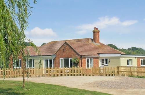 Dog Friendly Cottages - Delightful Rye Cottage S13979
