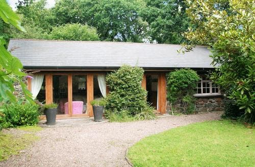 Last Minute Cottages - Oaktree Cottage