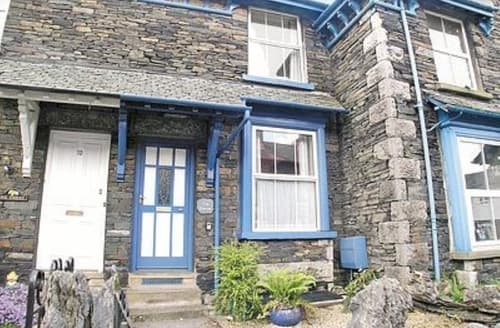 Dog Friendly Cottages - Quaint Windermere Cottage S18729