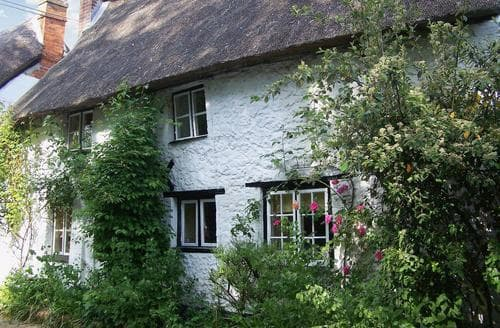 Last Minute Cottages - Tasteful Devizes Cottage S44040