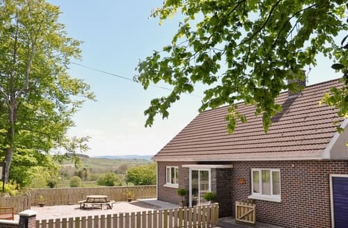 Last Minute Cottages - Excellent Tregaron And The Cambrian Mountains Cottage S25036
