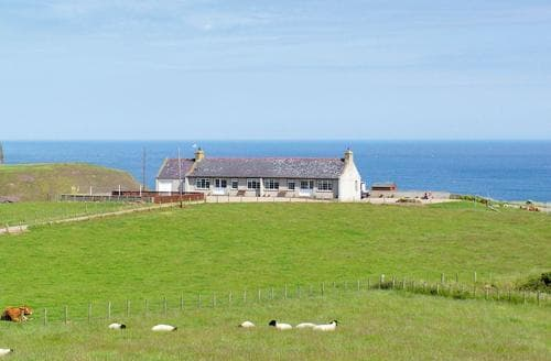 Last Minute Cottages - Attractive Banff Lodge S24283