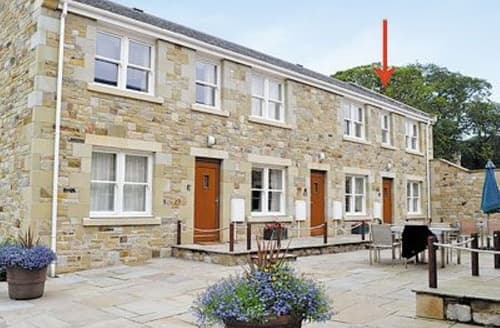 Last Minute Cottages - Beautiful Beadnell Apartment S14471