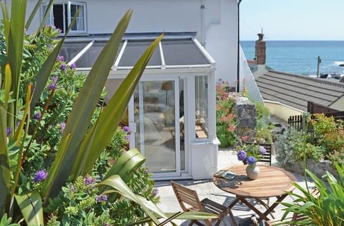 Last Minute Cottages - Wonderful Helston And The Lizard Peninsula Cottage S21212