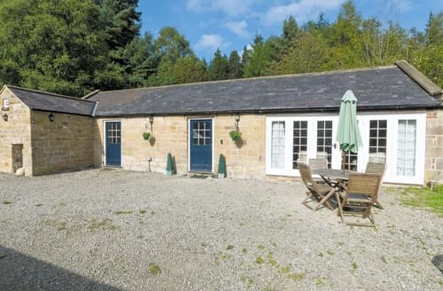 Dog Friendly Cottages - Stunning Harwood Dale Cottage S15148