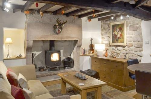 Last Minute Cottages - Little Cottage