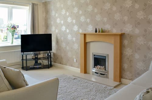 Last Minute Cottages - Charming Bridlington Apartment S98695