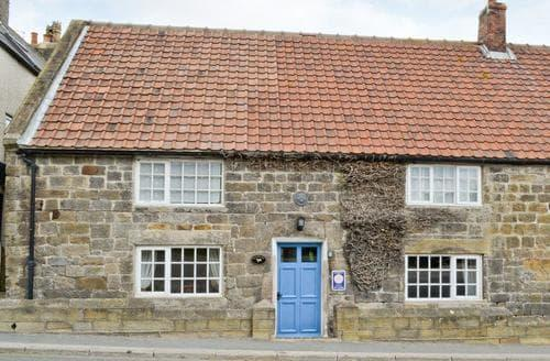 Last Minute Cottages - Luxury Whitby Cottage S15552