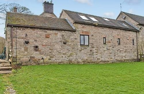Dog Friendly Cottages - Stunning Leek Cottage S16009