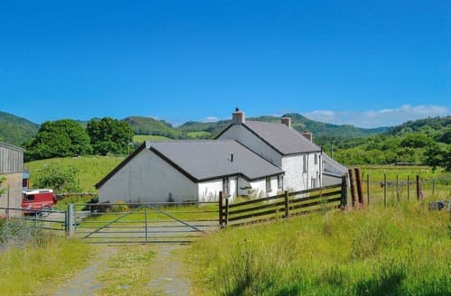 Last Minute Cottages - Bryn Gefeiliau
