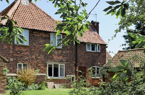 Last Minute Cottages - Cosy All Nottinghamshire Cottage S15964