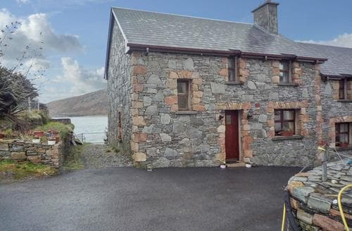 Last Minute Cottages - Gorgeous Cleggan Cottage S23951